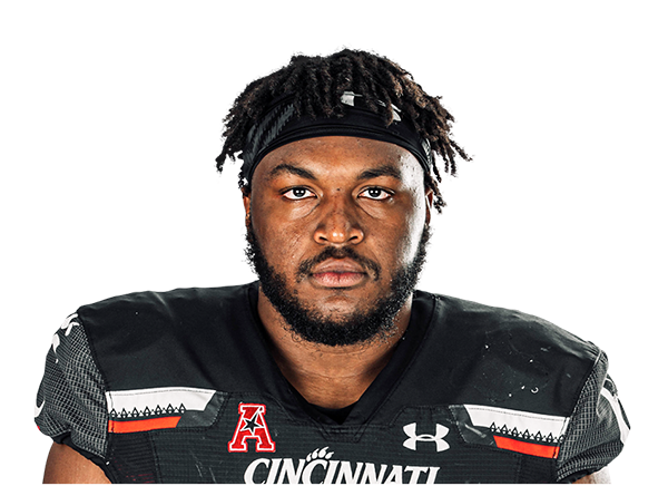 https://a.espncdn.com/i/headshots/college-football/players/full/4037474.png