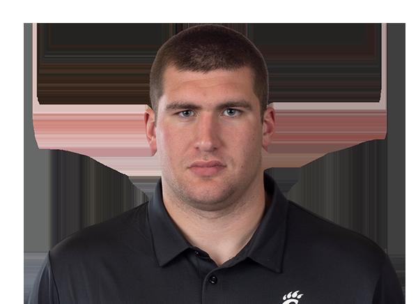 https://a.espncdn.com/i/headshots/college-football/players/full/4037482.png