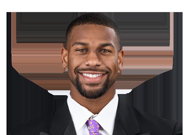 https://a.espncdn.com/i/headshots/college-football/players/full/4038562.png