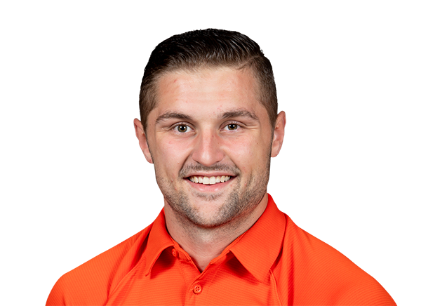 https://a.espncdn.com/i/headshots/college-football/players/full/4044082.png