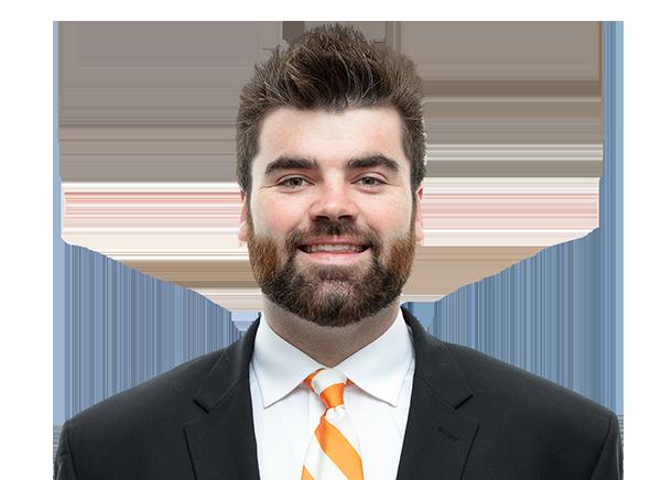 https://a.espncdn.com/i/headshots/college-football/players/full/4047331.png