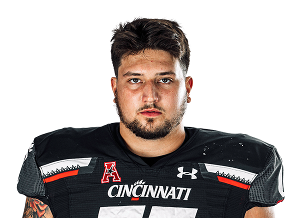https://a.espncdn.com/i/headshots/college-football/players/full/4239105.png