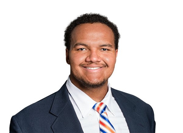 https://a.espncdn.com/i/headshots/college-football/players/full/4240015.png