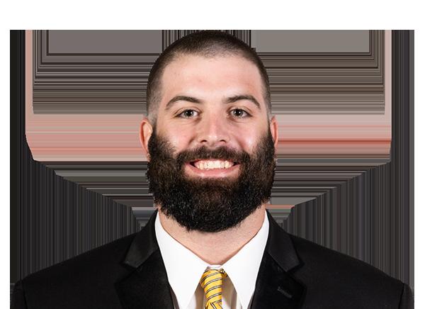 https://a.espncdn.com/i/headshots/college-football/players/full/4240421.png