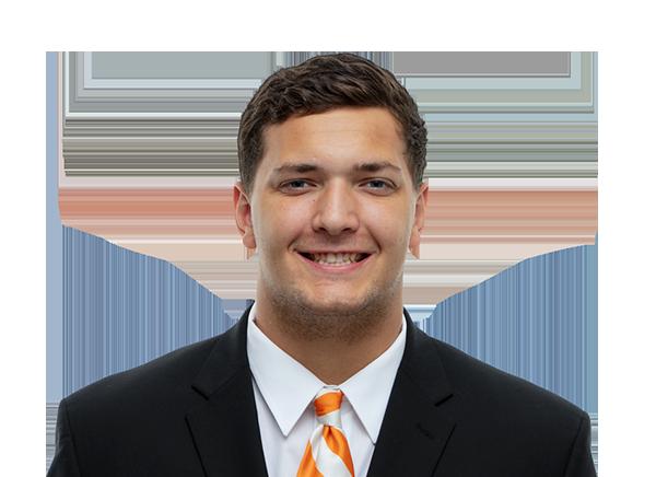 https://a.espncdn.com/i/headshots/college-football/players/full/4242458.png