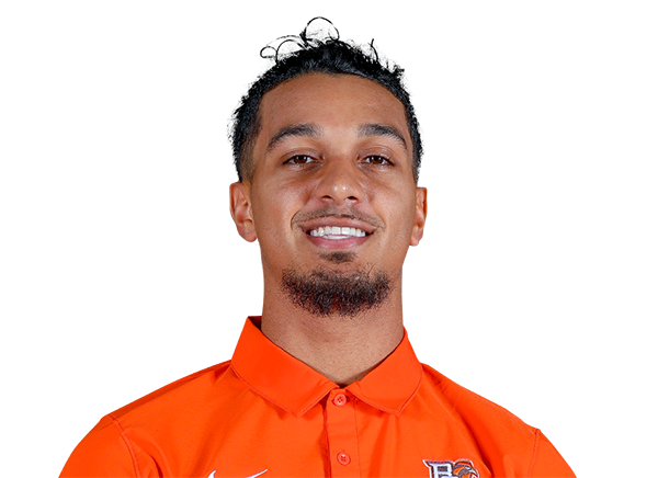 https://a.espncdn.com/i/headshots/college-football/players/full/4244033.png