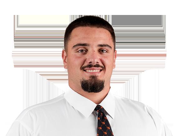 https://a.espncdn.com/i/headshots/college-football/players/full/4256002.png