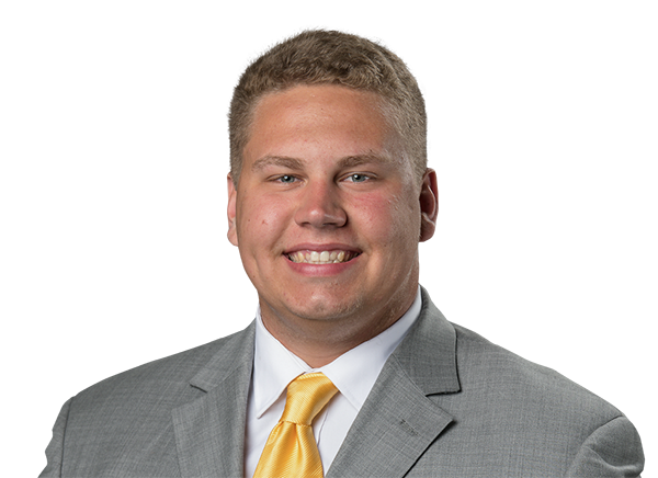 https://a.espncdn.com/i/headshots/college-football/players/full/4260410.png