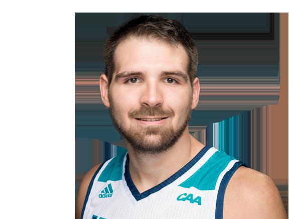 https://a.espncdn.com/i/headshots/mens-college-basketball/players/full/3907299.png