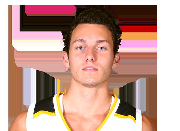 https://a.espncdn.com/i/headshots/mens-college-basketball/players/full/4397775.png