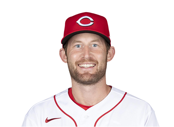 https://a.espncdn.com/i/headshots/mlb/players/full/32353.png