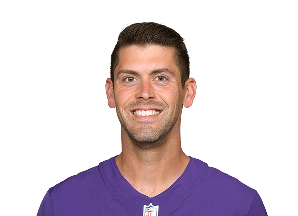 https://a.espncdn.com/i/headshots/nfl/players/full/15683.png