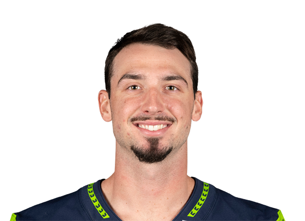 https://a.espncdn.com/i/headshots/nfl/players/full/2977881.png