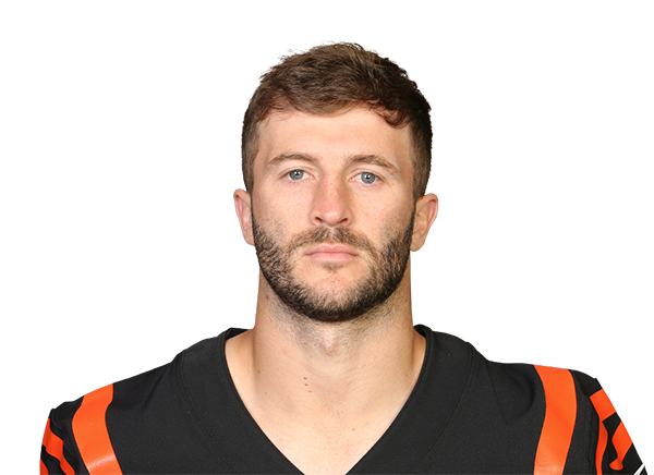 https://a.espncdn.com/i/headshots/nfl/players/full/3040569.png