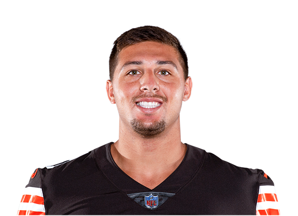 https://a.espncdn.com/i/headshots/nfl/players/full/3043275.png