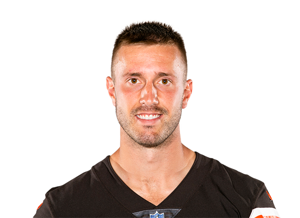 https://a.espncdn.com/i/headshots/nfl/players/full/3049872.png
