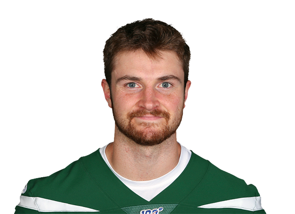 https://a.espncdn.com/i/headshots/nfl/players/full/3052061.png