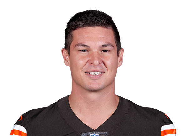https://a.espncdn.com/i/headshots/nfl/players/full/3059989.png