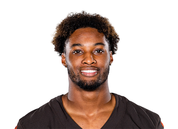 https://a.espncdn.com/i/headshots/nfl/players/full/3915535.png