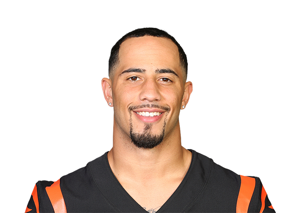 https://a.espncdn.com/i/headshots/nfl/players/full/3919512.png
