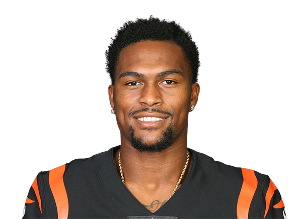 https://a.espncdn.com/i/headshots/nfl/players/full/3921564.png