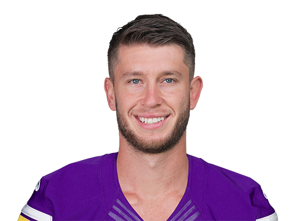 https://a.espncdn.com/i/headshots/nfl/players/full/3975763.png