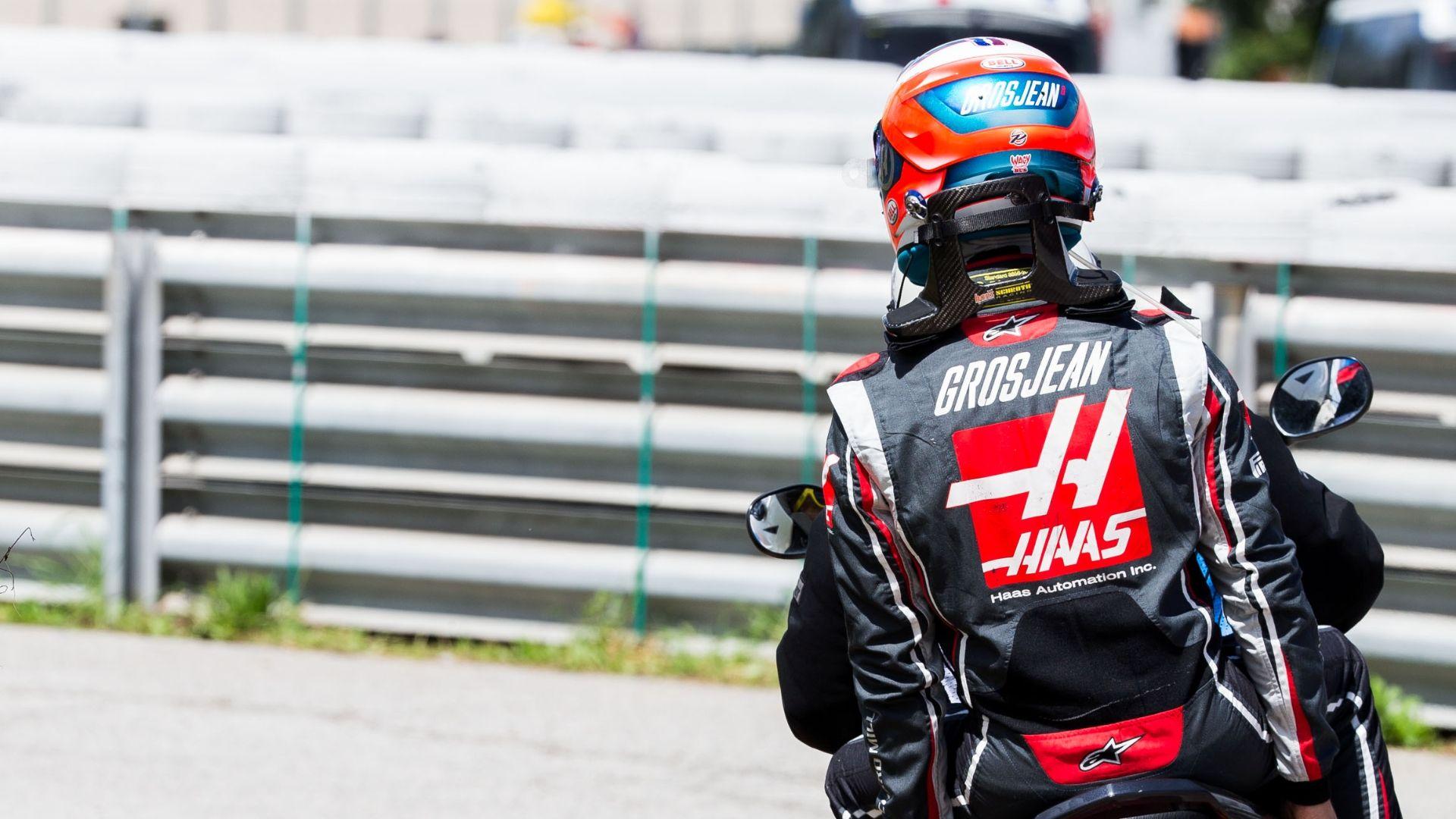 Delight for Magnussen, disaster for Grosjean