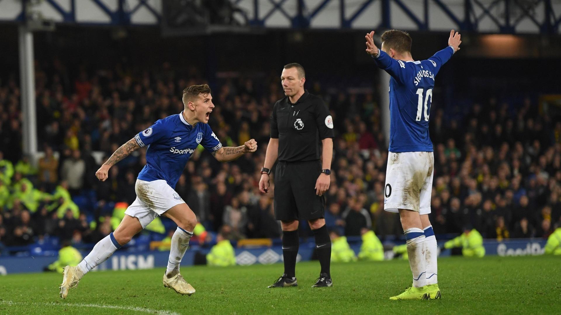 Agónico empate de Everton en el minuto 95
