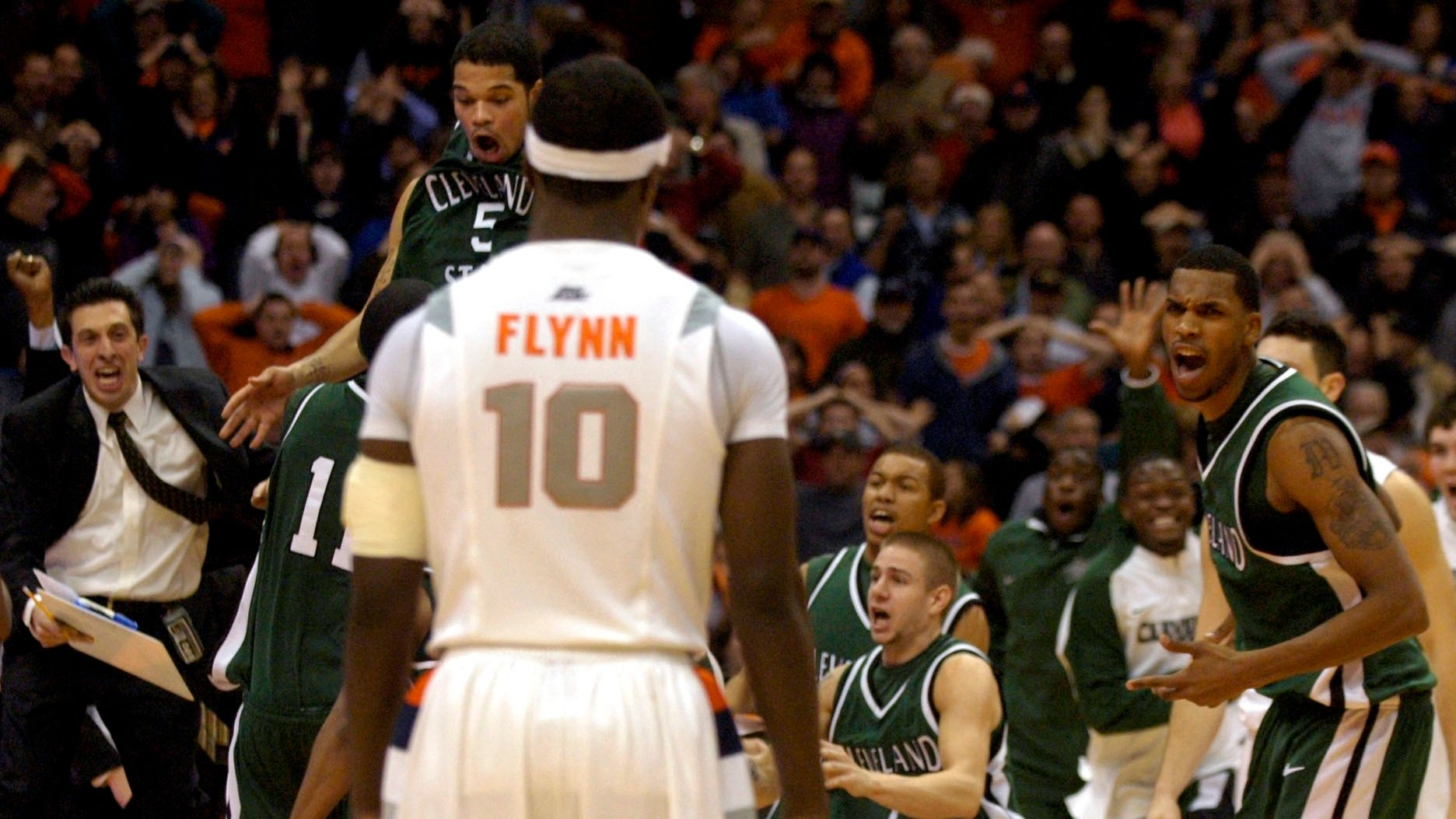 On this date: Cleveland State upsets Syracuse with 60-foot buzzer-beater