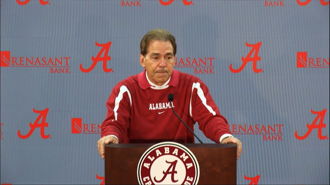 Saban: Tua is 'ahead of schedule' in rehabbing ankle
