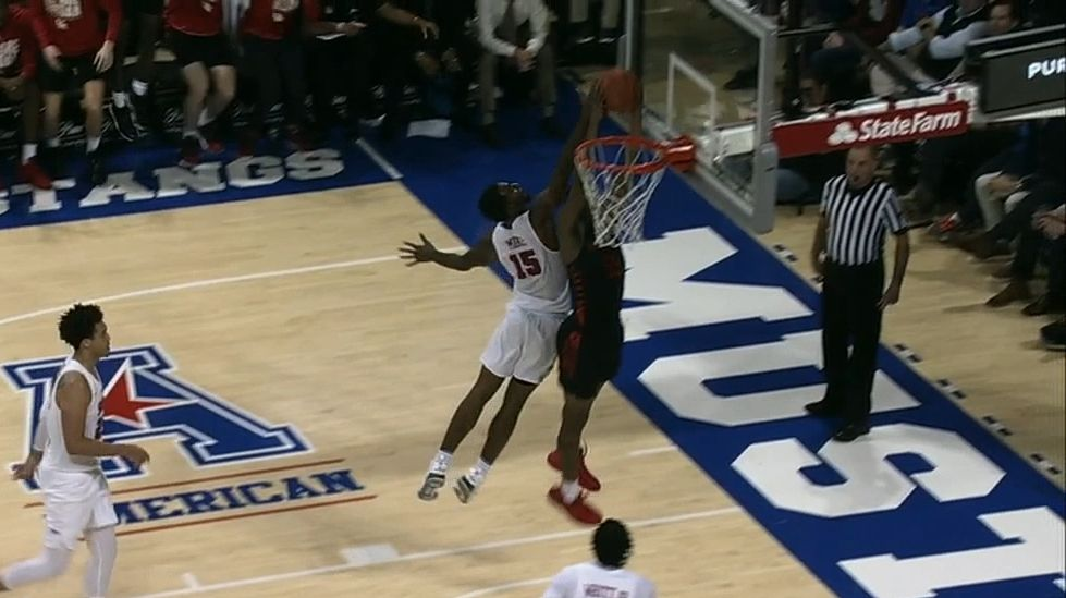 Gresham slams dunk for Houston