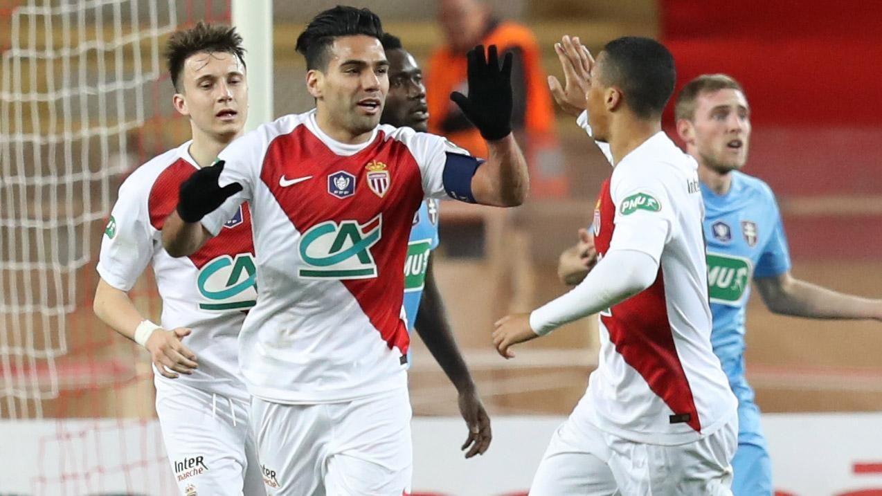 ¡GRANDE TIGRE! Falcao empató el partido para el Monaco con un golazo
