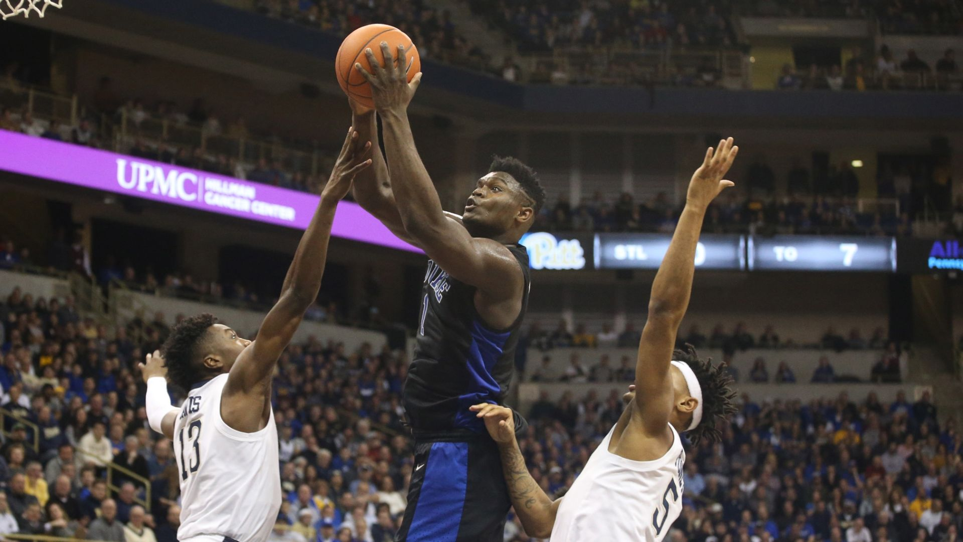 Williamson scores 25, No. 2 Duke shuts down Pitt 79-64