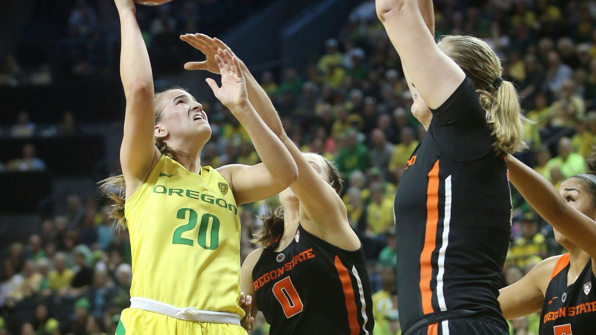Ionescu drops 29 to lead Oregon vs. Oregon State