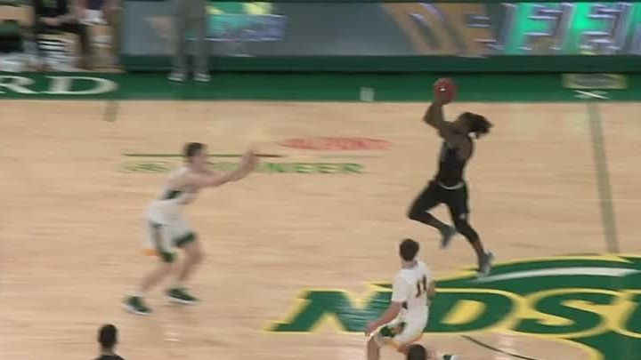 Daum lifts S. Dakota St. over North Dakota St. 78-77