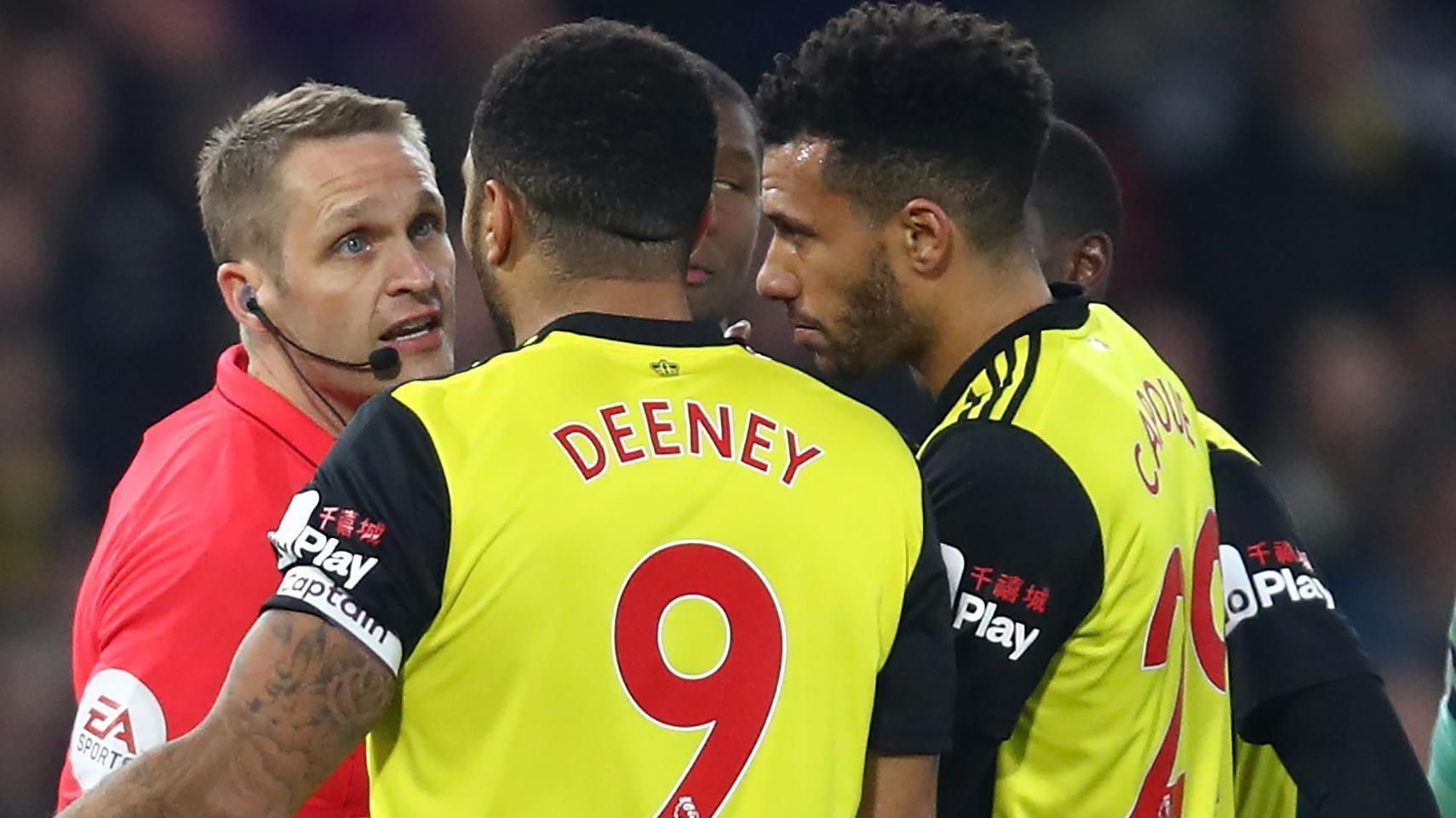 Watford's Deeney sees red for striking Torreira