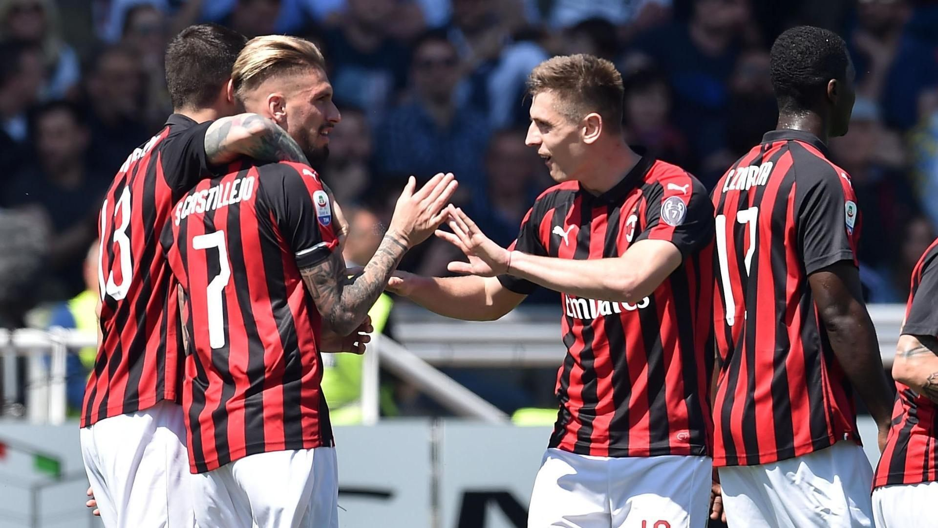 Castillejo's smart header gives Milan the lead