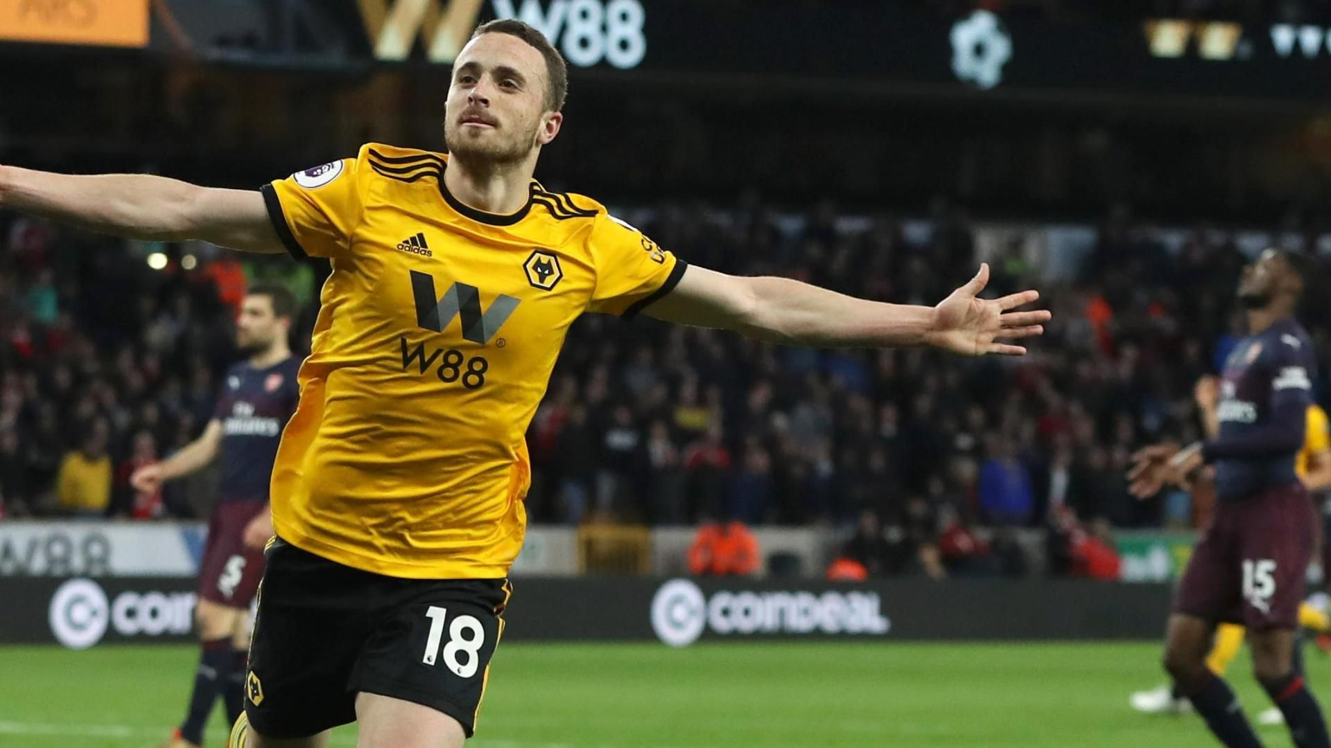 Jota stuns Arsenal with Wolves' 3rd goal
