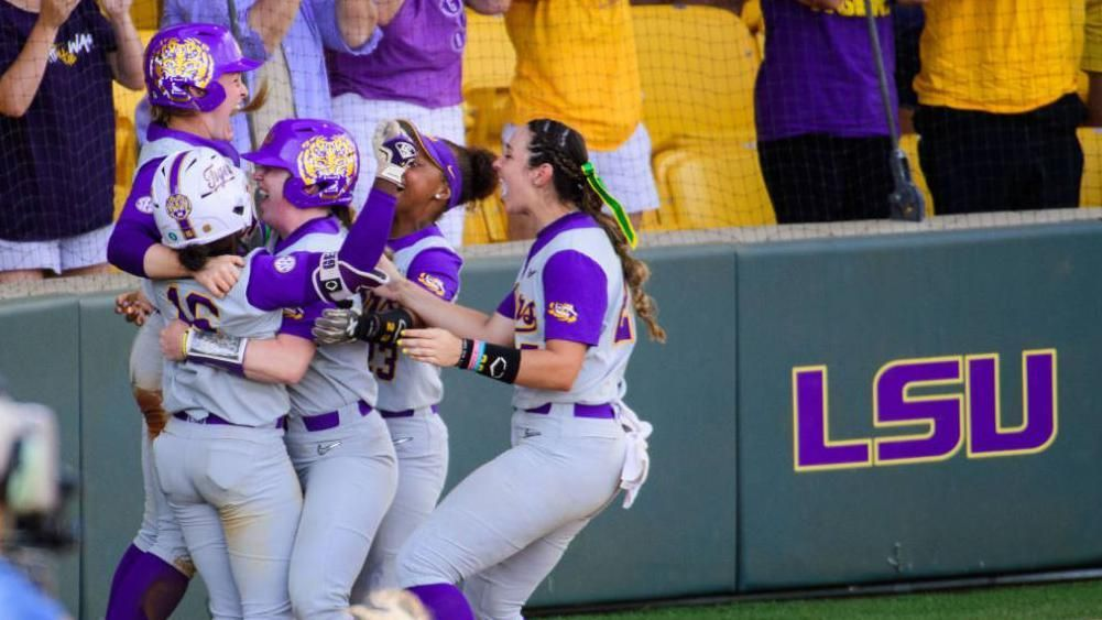 LSU walks off vs. Texas Tech in extras