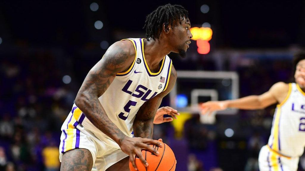 LSU begins to jell in 90-54 win vs. UNO