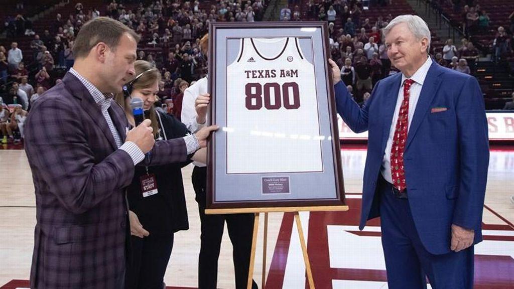Aggies' Gary Blair records win No. 800