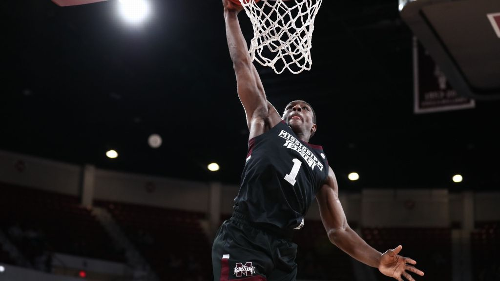 Perry powers Bulldogs past Mizzou with double-double