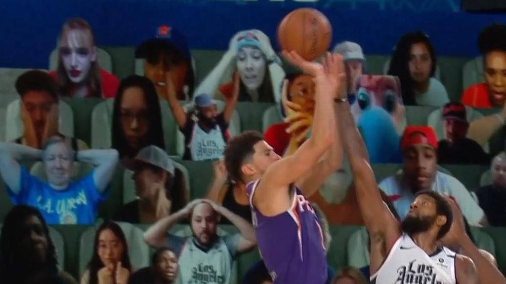 Booker beats buzzer with incredible game-winner