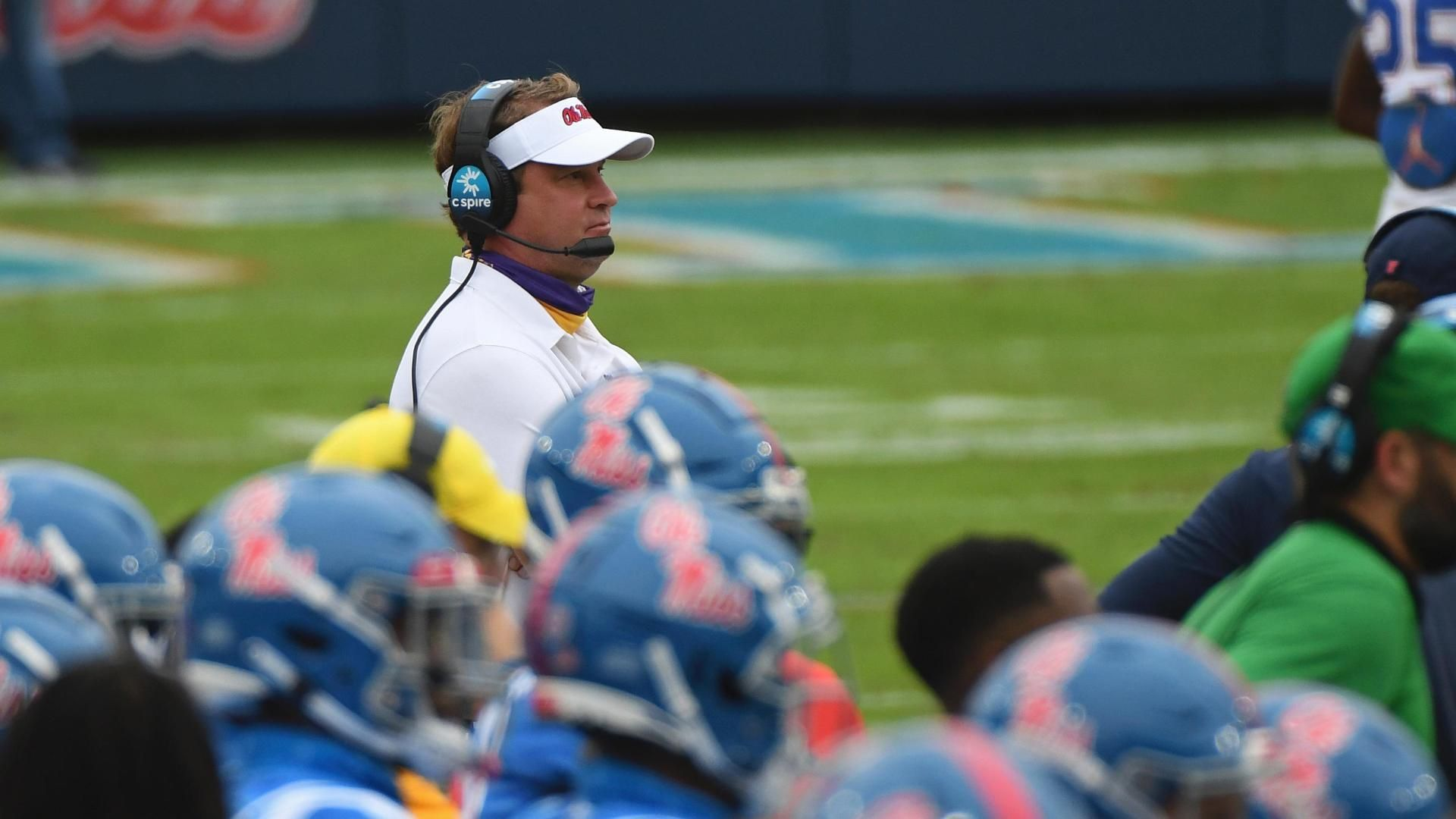 Kiffin puts emphasis on UK's offensive line, defense