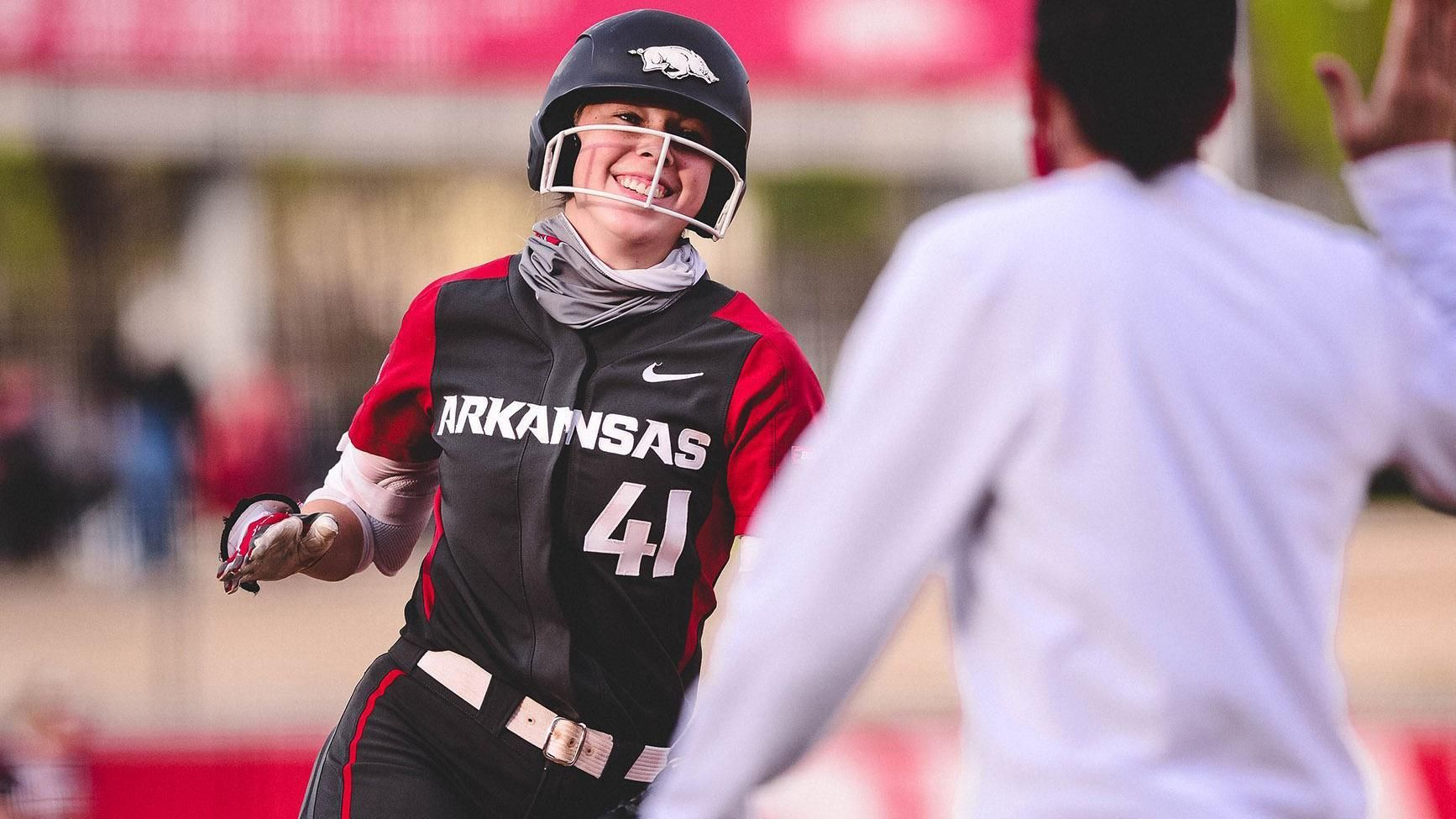 No. 8 Arkansas' HR barrage sets program records