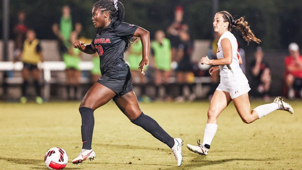 Three Bulldogs score two goals each to rout Campbell