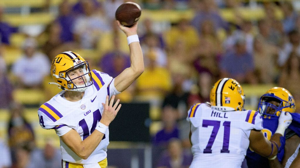 Johnson's 3 TDs help LSU pull away from McNeese