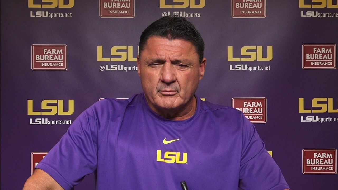 Orgeron wants LSU offense to play at 'warp' speed
