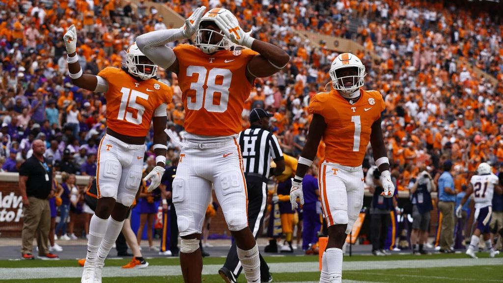 Five Vols account for TDs in shutout of Tennessee Tech