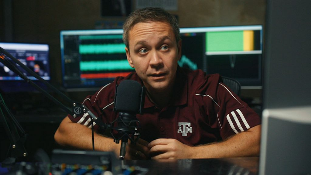 Fansville: Be wary of dating advice from Aggies fans
